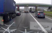 Ciężarówka uderzyła osobówkę na obwodnicy