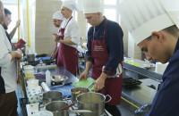 Młodzi kucharze walczyli w konkursie Literacka Kuchnia