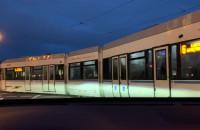 Zepsuty tramwaj na skrzyżowaniu na Chełmie