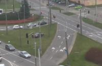 Policja kieruje ruchem po wypadku na skrzyżowaniu Morskiej z Chylońską