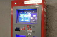 Alarm dźwiękowy w automacie do biletów