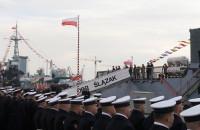 Podniesienie bandery na ORP Ślązak