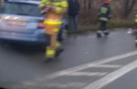 Samochód uderzył w latarnię na ul. Jabłoniowej
