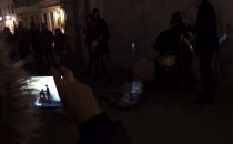 Goryl gra na perkusji to chyba Pulp Fiction