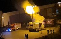 Pożar auta na parkingu Gildia na Zaspie
