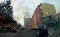Film z porannego pożaru auta na Rzeźnickiej