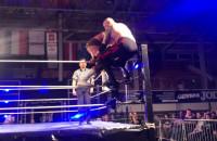 Dawid Oliwa wygrywa wrestling w Gdyni