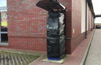 Zniszczyli i próbowali okraść bankomat w Osowej