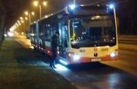 Kierowca autobusu na zakupach