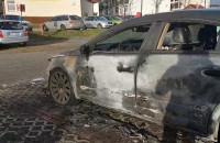 Spalony samochód na Zakoniczynie