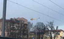 Śmigłowiec ratunkowy ląduje na szpitalu...