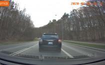 Czy taki samochod może jeździć po buspasie?