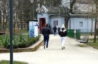 Ludzie na spacerze