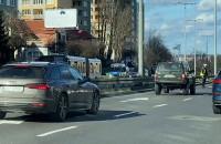 Eskorta policji z kibicami przejechała przez Gdynię