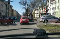 Skutki kolizji na krzyżówce Kościuszki i Hallera