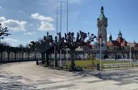 Opustoszałe parki oraz sopocki Monciak