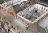 Rozebrany dach budynku dworca w Gdańsku