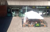 Ogródek Mc Donalds przy Forum Gdańsk działa. Ale ludzi niewielu