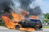 Pożar BMW na obwodnicy - filmy czytelników