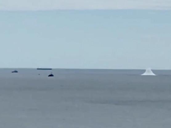 Moment wybuchu miny morskiej w Zatoce