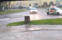 Gdańsk: ulice już zmieniły się w strumyki