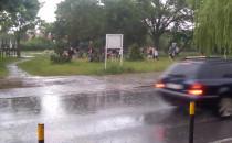 Deszcz nie przeszkadza w tańcu na Chełmie