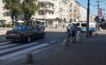 Dwa auta wjechały pod prąd na ul....