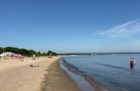 Mało ludzi na plaży w Brzeźnie