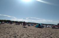 Tłumy plażowiczów na Stogach