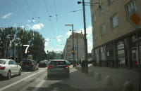 Samochody nadal jeżdżą pod prąd na Świętojańskiej