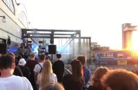 Koncert Coals z widokiem na port