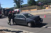 Wypadek na Władysława IV. Spychanie uszkodzonego auta