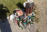 Alkohol i śmieci zamiast skweru dla mieszkańców