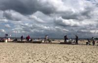 Interwencja straży miejskiej na plaży w Sopocie