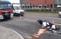 Skutki wypadku motocykla przy dworcu PKP