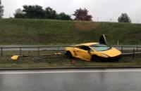 Lamborghini w rowie po wypadku