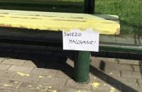 """Po tej """"renowacji"""" ławki wyglądają jeszcze gorzej"""
