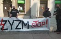 """Manifestacja """"Faszyzm Stop"""" na ul. Długiej"""