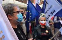 Wiec demokracji na Długiej w Gdańsku