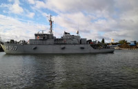 Kolejny okręt NATO cumuje przy nabrzeżu Westerplatte