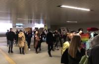 Demonstranci w tunelu pod Podwalem Grodzkim