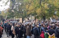 """Protest """"To jest wojna!"""" na Targu Drzewnym"""