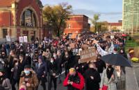 Protest znów na wysokości dworca PKP Gdańsk Główny