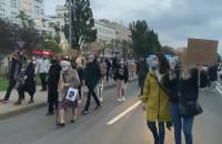 Policja apeluje o rozejście się protestujących w Gdyni