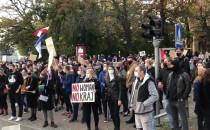 Trwa protest ws. praw kobiet w centrum...