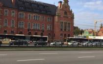 Autobusy utknęły na Podwalu Grodzkim
