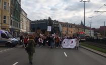 Protestujący na Wałach Jagiellońskich