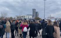 Protestujący ruszyli ze skweru Kościuszki