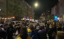 Protestujący pod biurem gdyńskiego PiS