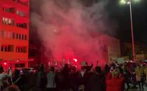Protestujący w Gdyni odpalili racę